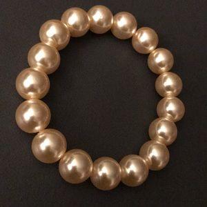 🆕 Kenneth Jay Lane Pearl Bracelet